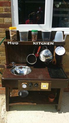 Mud kitchen final working concept