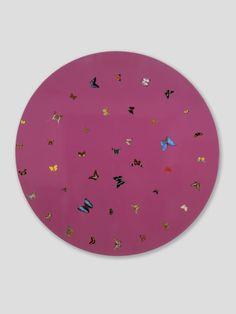 Damien Hirst I Want Love 1999 Butterflies and household gloss on canvas Diameter: 1600 mm Butterflies Stomach, Damien Hirst Butterfly, Marilyn Minter, Butterfly Artwork, I Want Love, Jeff Koons, Mark Rothko, Love Art, New Art
