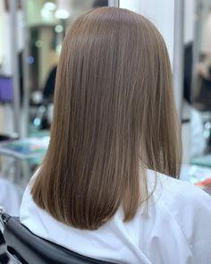 Ash Brown Hair Color, Dark Blonde Hair Color, Brown Hair Shades, Brown Blonde Hair, Light Brown Hair, Hair Color For Black Hair, Light Brunette Hair, Haircuts Straight Hair, Girl Hair Colors