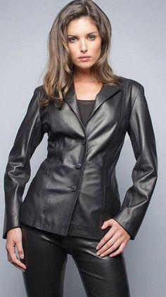 Womens Stylish Lambskin Genuine Leather Jacket WJ125