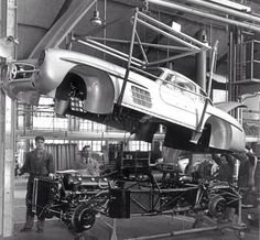 Mercedes Benz 300SL production