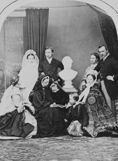 1863; Louise, Alexandra, QV, Bertie, Beatrice, Leopold, Alice, Helena, Louis