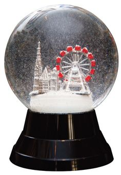 Snow globe music box with skiers Globe Furniture, Plywood Furniture, Modern Furniture, Furniture Design, Christmas Snow Globes, Christmas Crafts, Christmas Decorations, I Love Snow, Water Globes