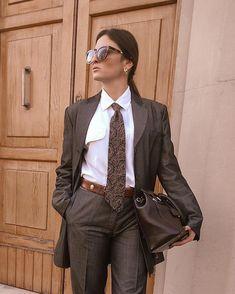 Women Ties, Menswear, Cute, People, Photography, Dinner Suit, Women, Photograph, Kawaii