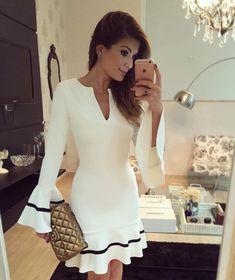 {Night out} De @bambola_siteoficial ❤️ Vestido branco mais lindo pra hoje!! www.bambolarp.com.br • #lookdanoite #lookofthenight #ootn #selfie #blogtrendalert
