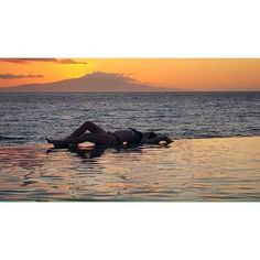 Infinity pool Hawaii Maui, Hawaii, Infinity Pools, Just Go, Places To Travel, Virginia, Paradise, Pool Shapes, Pool Ideas