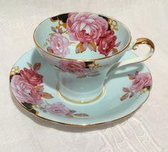 Vintage Aynsley Tea Cup 1930-39