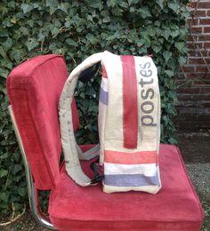 Rugzak van een oude postzak. Gemaakt door stap-tas. www.stap-tas.nl