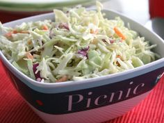 What makes the perfect picnic menu? Make ahead picnic recipes, of course! Prepare the perfect picnic with these sandwiches, appetizers, salads, and more! Coleslaw Recipe Easy, Coleslaw Mix, Coleslaw Recipes, Creamy Coleslaw, Picnic Menu, Picnic Foods, Picnic Recipes, Picnic Ideas, Dinner Ideas