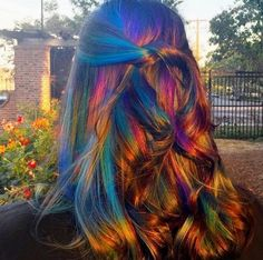 """""""Oil slick at sunset"""" interpretive art in color by - Gorgeous, but I could never dye my hair again. Slick Hairstyles, Pretty Hairstyles, Hairstyle Ideas, Hairstyles 2018, Coiffure Hair, Coloured Hair, Cool Hair Color, Hair Colors, Oil Slick Hair Color"""
