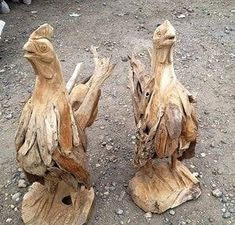 We supply life-size driftwood chickens that will add an interesting focal point to your home or garden. Small driftwood animals made from teak tree roots. Driftwood Sculpture, Driftwood Art, Animal Sculptures, Garden Sculptures, Driftwood Furniture, Tree Roots, Outdoor Settings, Horse Head, Teak Wood