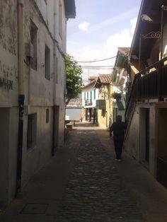 Algorta, barrio del municipio vizcaíno de Guecho, Es el mayor núcleo poblacional del municipio con alrededor de 40.000 habitantes. Asturian, My Heritage, Spain, Sweet Home, Country, Countries, Pictures, House Beautiful, Rural Area