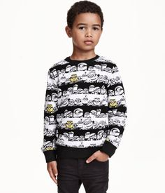 H&M Sweatshirt $17.99