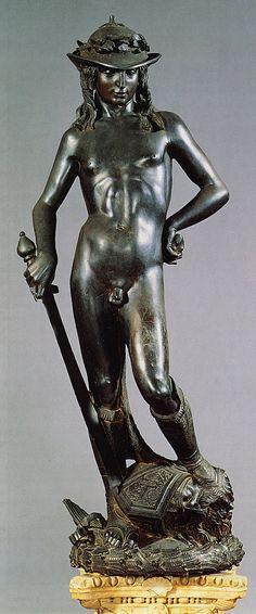 David de Donatello -Renacimiento -Quatroccento  - Anacronismo (botas y sombrero florentino) -Contraposto -Rostro Sereno -Bronce -Desnudo clásico -Belleza adolescente -Cabeza de Goliat a sus pies