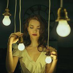Иной раз только закрыв глаза ты можешь по-настоящему увидеть свою жизнь и тех кто тебя окружает. Люди как огоньки разбросанные в пространстве одни ярчкие другие блеклые одни близко другие далеко. Спасибо @elina_ageenko за эту съемку в студии @milles_studio #light #portret #millesstudio #milles_studio #sergeysukhovey #flame #twinkle #свет #огонёк #огоньки #сергейсуховей #новосибирск #novosibirsk by sergeysukhovey