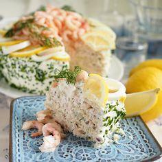 Sandwich Cake, Sandwiches, Savoury Baking, Skagen, Fresh Rolls, Baking Recipes, Potato Salad, Food And Drink, Favorite Recipes