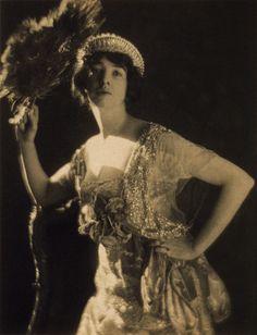 Gertrude Vanderbilt Whitney — Wikipédia