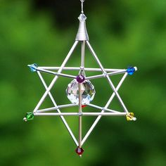 7 Chakras Merkaba Suncatcher / Pendulum by windyscreations, 7 Chakras, Sun Catchers, Humming Bird Feeders, Crystal Grid, Sacred Geometry, Diy Art, Wind Chimes, Swarovski Crystals, Glass Art