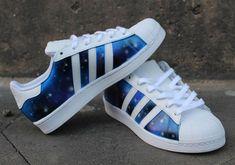 a5408f33889b Sneakers Adidas, Nike Donna, Cestini, Scarpe Galassia, Scarpe  Personalizzate, Ballerine,