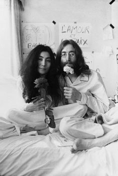 Yoko Ono and John Lennon - Bed In for Peace (rooms 1738, 1740, 1742 and 1744), Queen Elizabeth Hotel, Montreal.