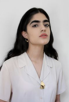 Young Frankk Orb Earrings - Gold Plated on Garmentory Eyebrow Makeup, Hair Makeup, Natalia Castellar, Pretty People, Beautiful People, Chica Cool, Best Eyebrow Products, Perfect Eyebrows, Makeup Looks