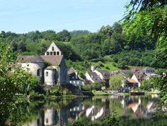 Beaulieu sur dordogne route du riant portail du midi a la riviera guide du tourisme en correze limousin
