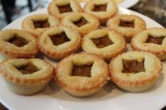 Harry potter party food and drink ideas - The leaky cauldron - pumpkin pasties