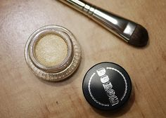 I've always wanted a Poodle…so why not :P   in a nutshell...#buxom #poodle #eyeshadow #gold #sephora
