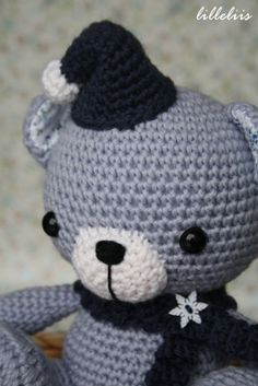 Crochet elf bear hat and scarf – free pattern