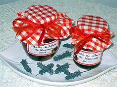 La meilleure recette de GELEE DE FLEURS DE LAVANDE! L'essayer, c'est l'adopter! 4.8/5 (11 votes), 12 Commentaires. Ingrédients: 2 tasses 1/2 de jus de pommes BIO  1 tasse de fleurs de lavande   3 tasses 1/2 de sucre très fin   1 sachet d'agar agar