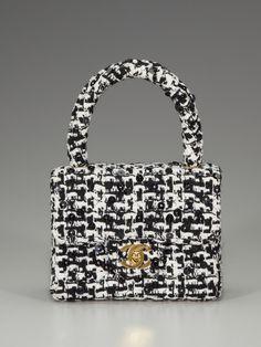 Vintage Chanel Tweed w/ sequins <3