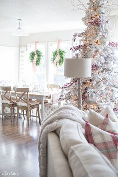 Charming Farmhouse style Christmas Home tour. Flocked Christmas Trees, Christmas Love, Country Christmas, All Things Christmas, Christmas Holidays, Vintage Christmas, Christmas Trimmings, Merry Christmas, Tartan Christmas