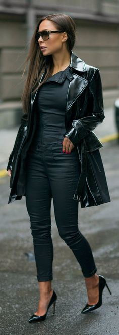 ALL BLACK - Trench Coat in Black, Fler Pumps, Jumpsuit, distro superstretch / Johanna Olsson....... http://thingswomenwant.com/
