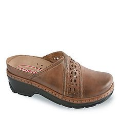 20e3e648229 Klogs Syracuse Clogs    Casual Shoes    Shop now with FootSmart Suits You