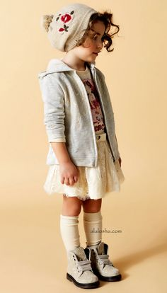 ALALOSHA: VOGUE ENFANTS: TWIN-SET Simona Barbieri AW15 loobook