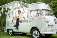 39 Ideas Vintage Food Truck Design Ice Cream Van For 2020 Food Trucks, Kombi Food Truck, Ice Truck, Kombi Trailer, Food Trailer, Food Truck Business, Vw Camper, Van Vw, Catering Van
