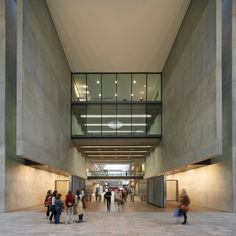 """An art college should be """"a blank canvas"""" - Paul Williams on Central Saint Martins"""