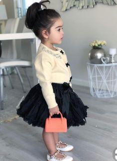 Ha mamaa tame je kidhu ne m j kris badhu chinta n krta . Fashion Kids, Little Girl Fashion, Toddler Fashion, Cute Outfits For Kids, Toddler Outfits, Baby Girl Dresses, Baby Dress, African Dresses For Kids, Outfits Niños