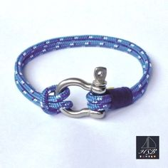 Blue paracord bracelet with blue line and stainless steel shackle - 45 RON