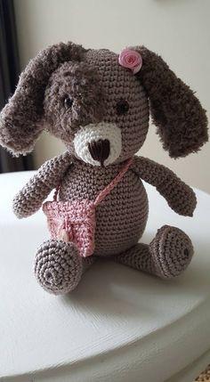 Konijn Lucky gehaakt door Jeannette van den Akker #haken #haakpatroon #gehaakt #amigurumi #knuffel #gehaakt #crochet #häkeln #cutedutch