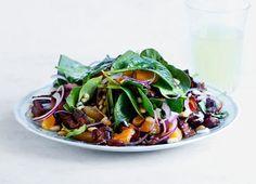 Salat med aprikos, bacon og spinat   ICA