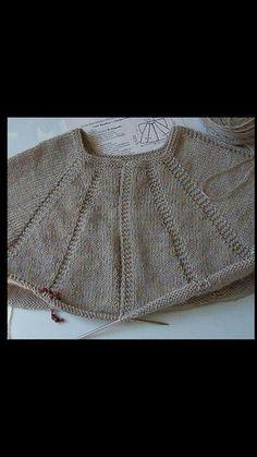 Pullover Design, Sweater Design, Fashion Sewing, Knit Fashion, Kreative Jobs, Sewing Patterns Free, Knitting Patterns, Costura Fashion, Maid Marian