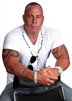It's Official! Steve Martorano is partnering with Paris Las Vegas to bring his restaurant to the Las Vegas Strip. The popular cook, DJ and cookbook author will bring his brand of Italian American fare to a second Las Vegas location in early 2014.