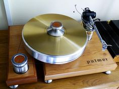 Palmer 3 turntable with Puresound Tenuto copper mat