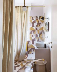 The restyling of the bathrooms is never simple ... here we used geometric tiles in warm colors, in line with the rest of the house. A…