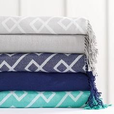 PB Teen Dorm Essential Throw, 46 x 56, Twilight Blue ($39) ❤ liked on Polyvore featuring home, bed & bath, bedding, blankets, blue knit throw, blue throw blanket, blue blanket, pbteen and pbteen bedding