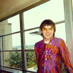 Keith Moon rockin' that psychedelic shirt John Entwistle, Keith Moon, Pete Townshend, Roger Daltrey, British Invasion, Best Rock, Ringo Starr, Concert Posters, Lady And Gentlemen