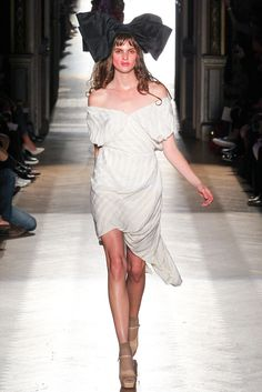 Vivienne Westwood Spring 2015 Ready-to-Wear - Collection - Gallery - Style.com