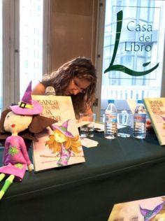 Presentación de mi libro Amanda: Diario de una bruja moderna (Secretos de felicidad cotidiana) en la Casa del Libro de Madrid #felicidad