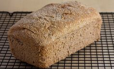 This is an amazing no-knead bread recipe. It was a closely guarded secret, till a few days ago when we shared it with our mailing list. Knead Bread Recipe, No Knead Bread, Easy Bread Recipes, Whole Food Recipes, Honey Wheat Bread, Multi Grain Bread, Crunch, Vegan Bread, Man Food